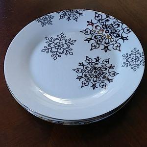 """Ciroa Fine Porcelain """"Snowflake"""" set of 4"""